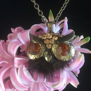 Vintage owl pendant with fur flare!
